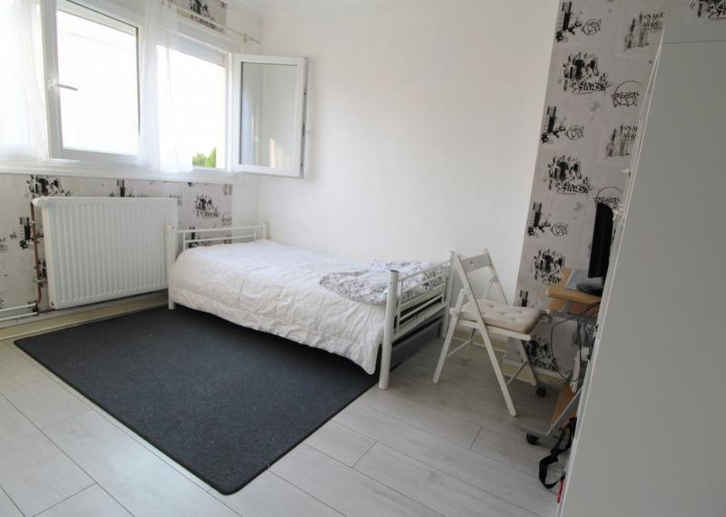 Sale house / villa Maurepas 325000€ - Picture 5
