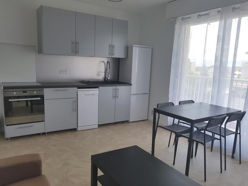 Rental apartment Gaillard 930€ CC - Picture 1