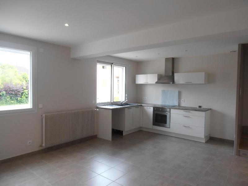 Rental apartment Bellignat 745€ CC - Picture 1