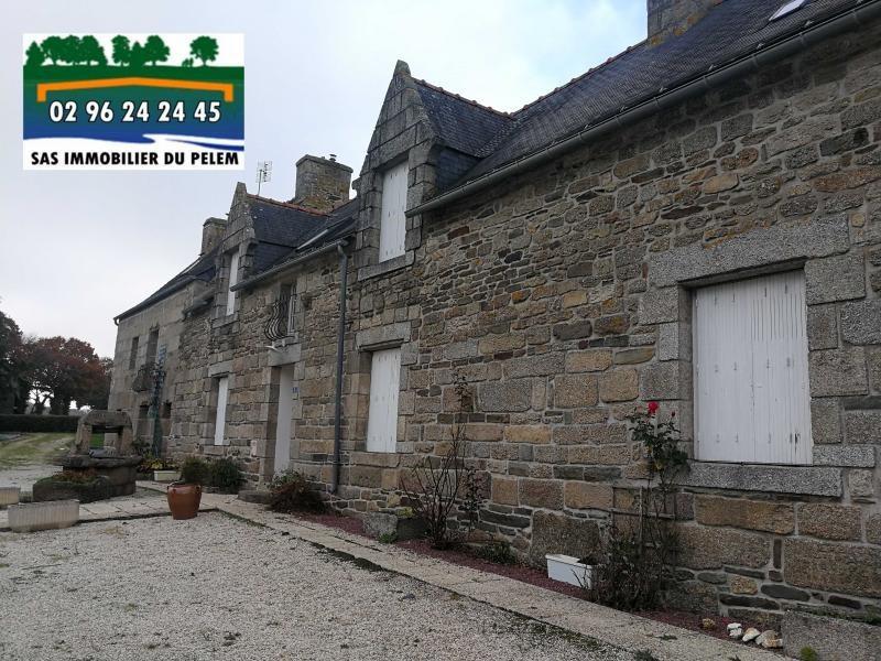 Sale house / villa Plounevez quintin 164100€ - Picture 1