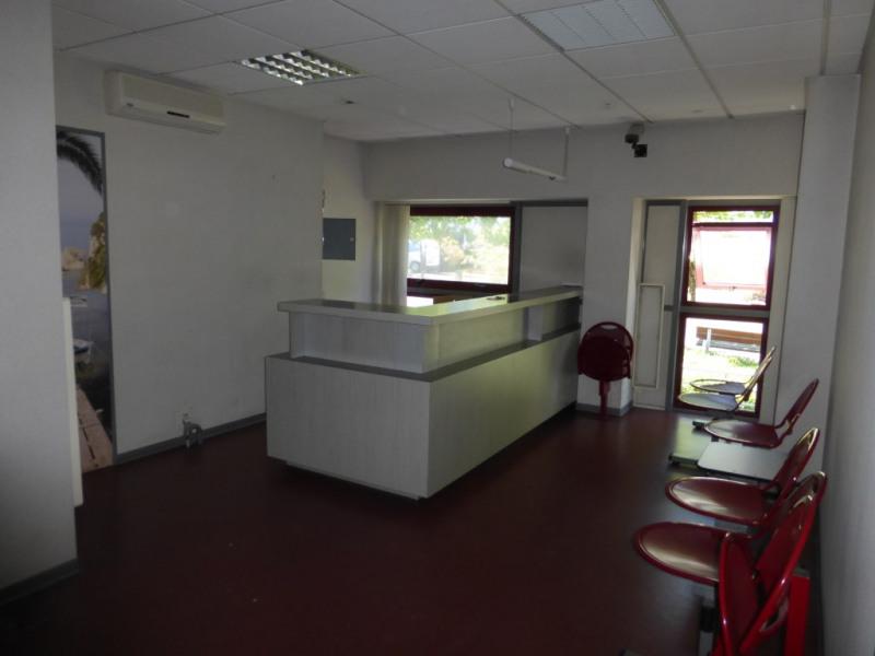 Bureaux 64 m2