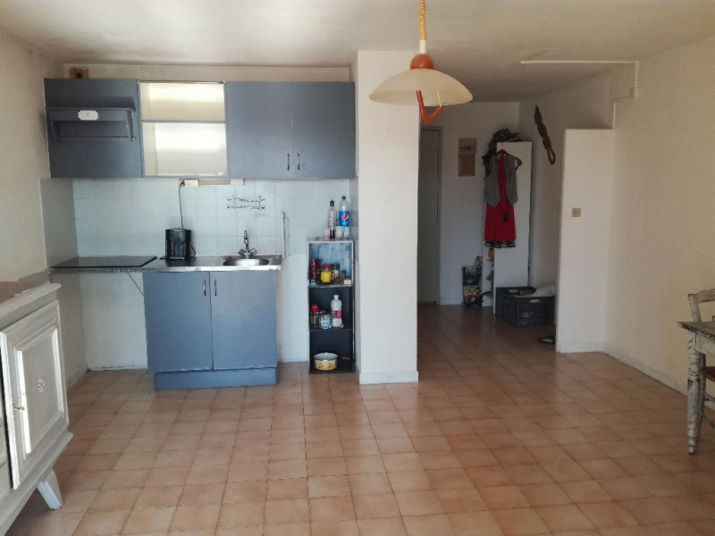 Sale apartment Le grau du roi 110 000€ - Picture 2