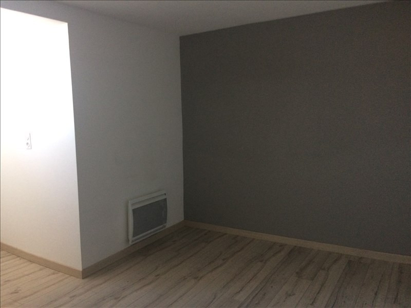 Location appartement La roche sur foron 840€ CC - Photo 4