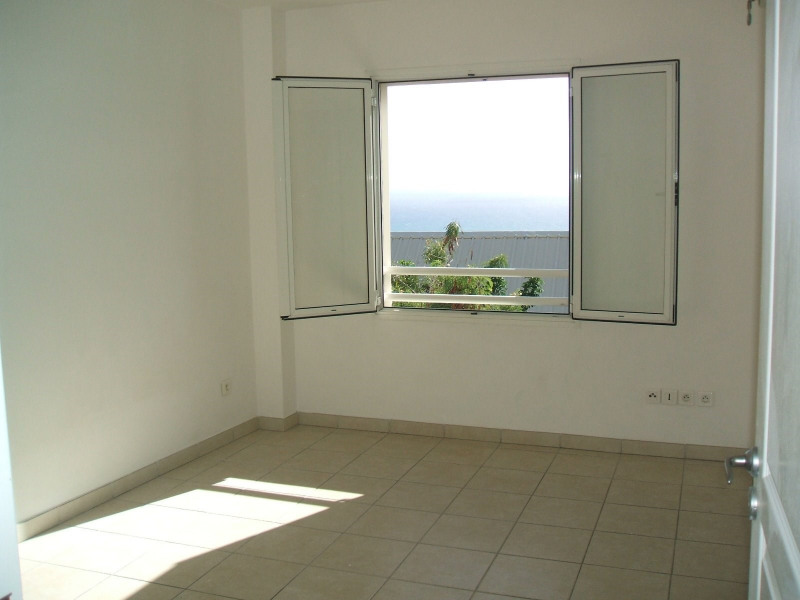 Sale apartment Ste clotilde 172 000€ - Picture 6