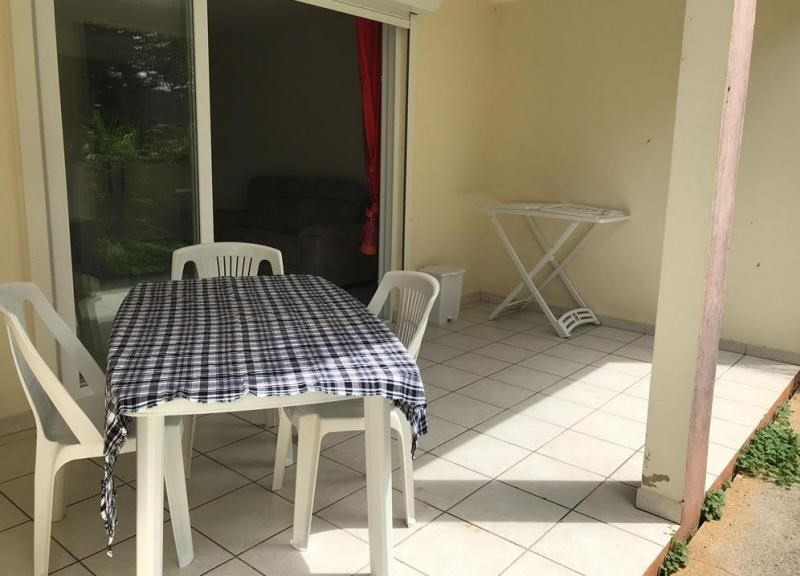 Location appartement Riviere salee 550€ CC - Photo 2