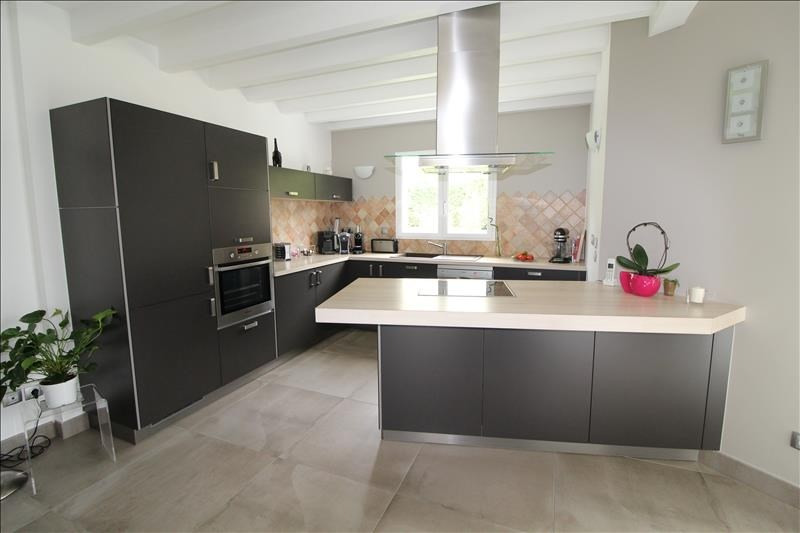 Revenda casa La buisse 382000€ - Fotografia 3