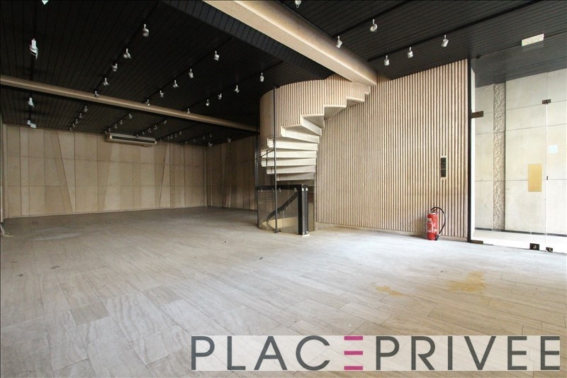 Location local commercial Nancy 3 000€ HT/HC - Photo 2