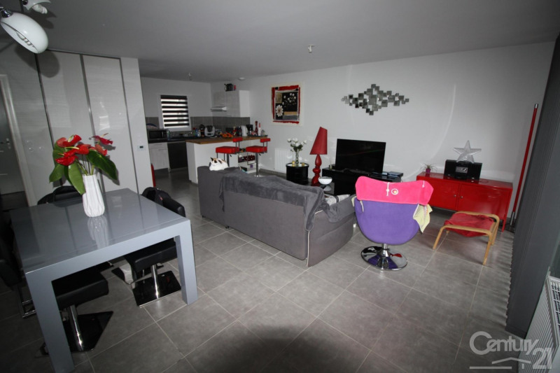 Location maison / villa Bruguieres 909€ CC - Photo 3