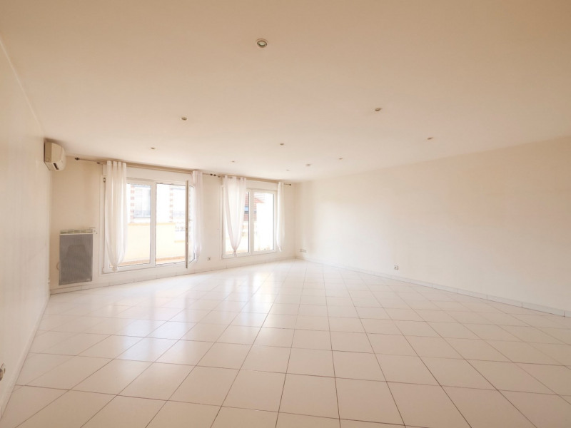 Location appartement St leu la foret 1 540€ CC - Photo 4
