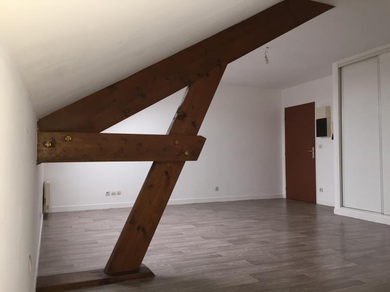 Rental apartment Beauvais 430€ CC - Picture 1