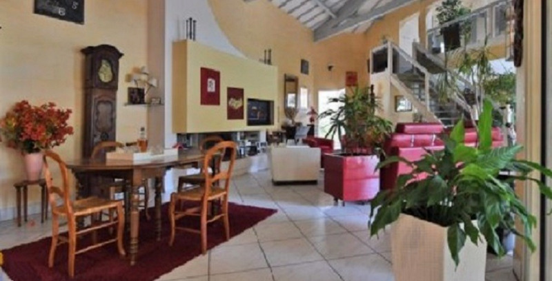Deluxe sale house / villa Langlade 640000€ - Picture 9