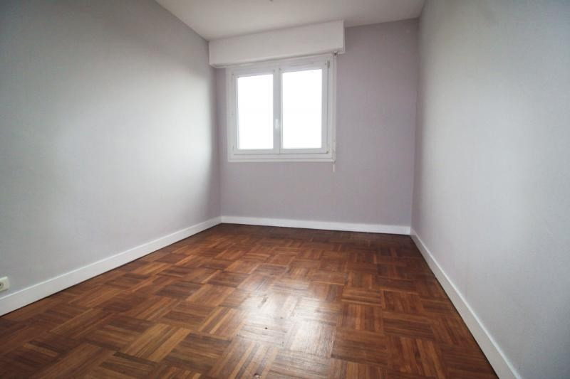 Sale apartment Lorient 100110€ - Picture 4