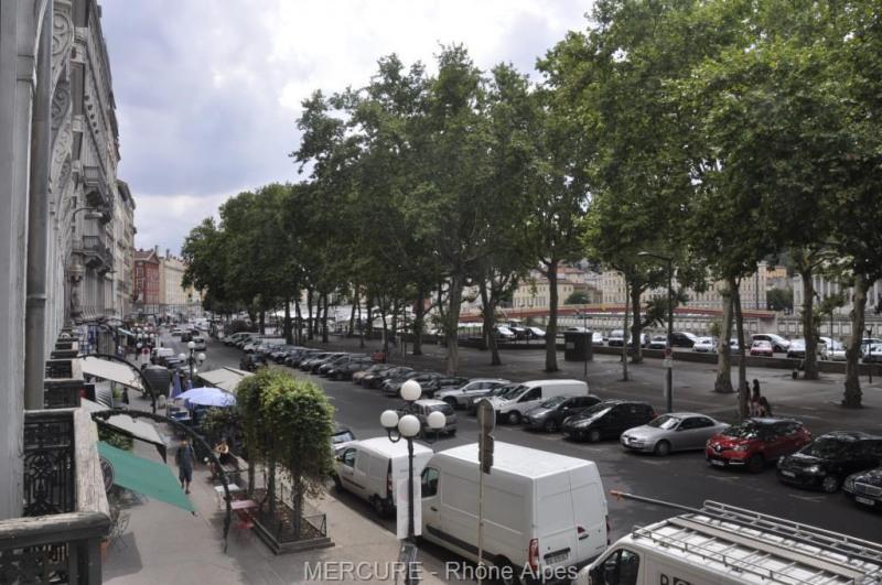 Deluxe sale apartment Lyon 2ème 795000€ - Picture 10