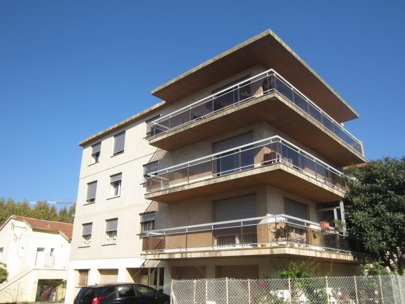 Rental apartment La seyne sur mer 950€ CC - Picture 1