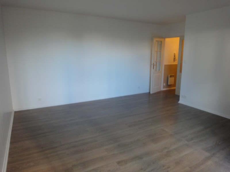 Alquiler  apartamento Le chesnay 990€ CC - Fotografía 3
