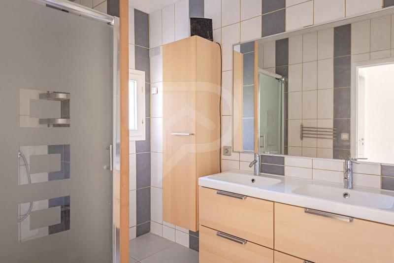 Sale house / villa Althen des paluds 275000€ - Picture 12