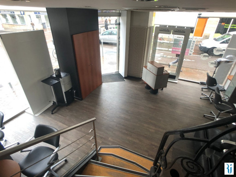 Location local commercial Rouen 2 450€ CC - Photo 4