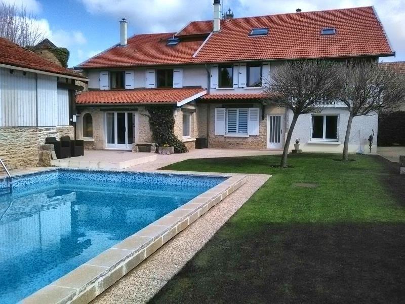 Vente de prestige maison / villa St hilaire de brens 725000€ - Photo 1