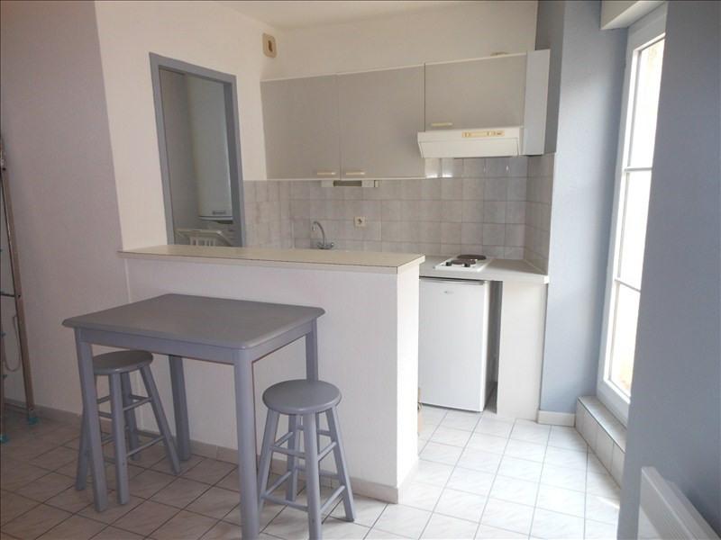 Location appartement Le puy en velay 286€ CC - Photo 2