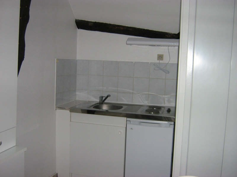 Rental apartment Nevers 225€ CC - Picture 3