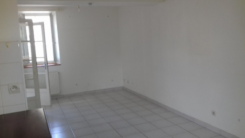 Location appartement Villesiscle 475€ CC - Photo 4