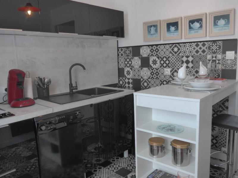 Revenda apartamento Le palais 112850€ - Fotografia 2