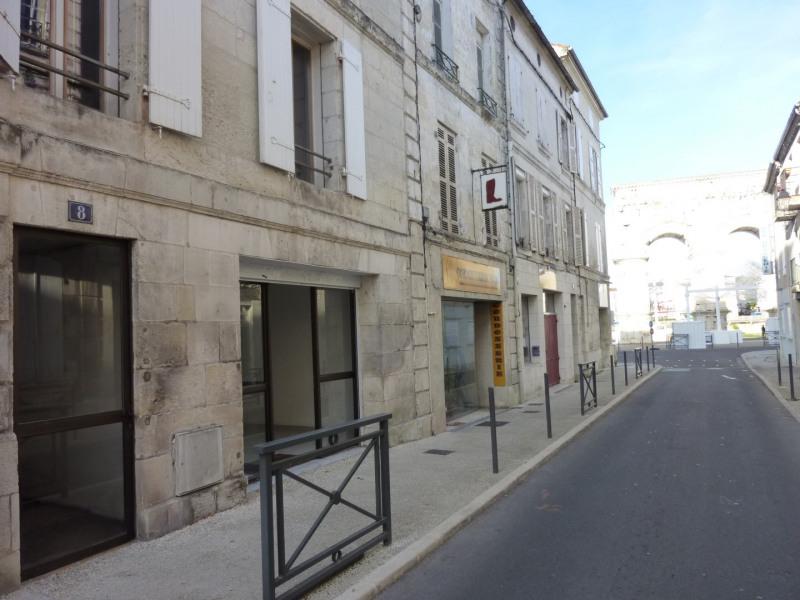 Location local commercial Saintes 360€ CC - Photo 3