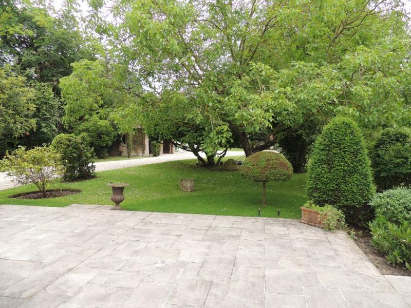 Deluxe sale house / villa Le vesinet 3195000€ - Picture 2