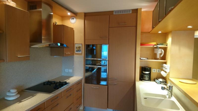 Deluxe sale apartment Gaillard 420000€ - Picture 14
