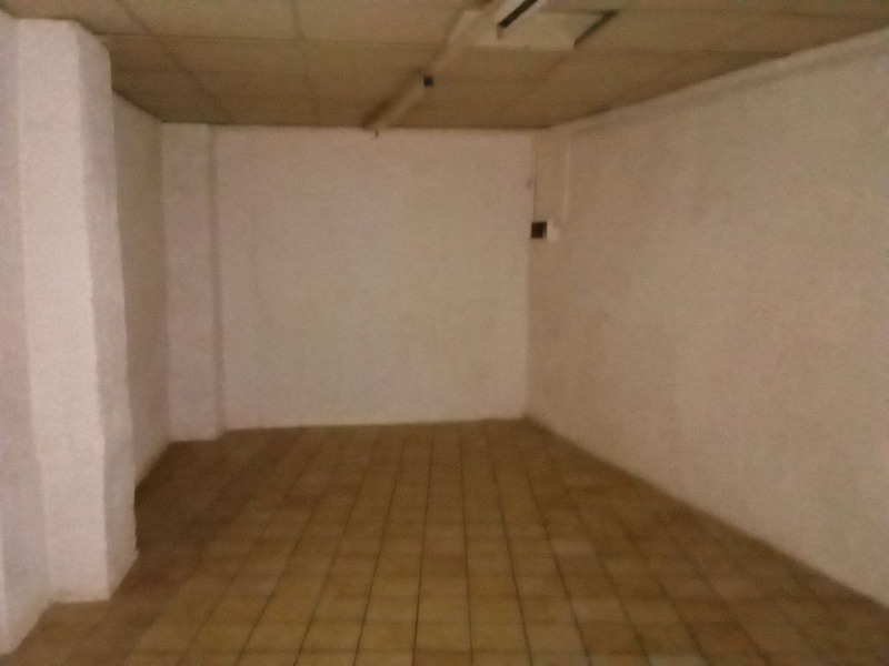Location local commercial Oullins 750€ HT/HC - Photo 6