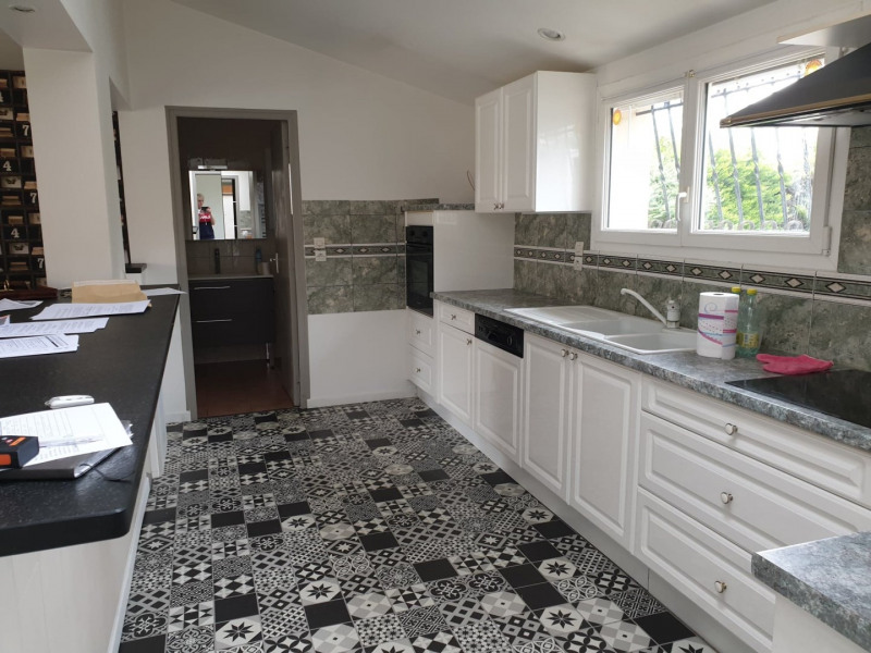 Sale house / villa Marcillac 225000€ - Picture 3