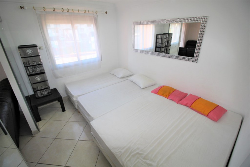 Location appartement Cannes 1 290€ CC - Photo 5