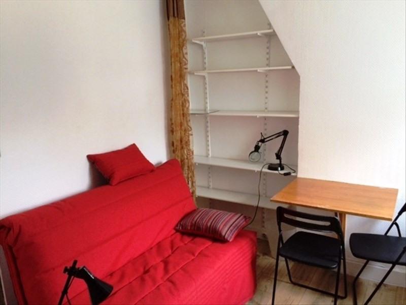 Locação apartamento Paris 18ème 380€ CC - Fotografia 4