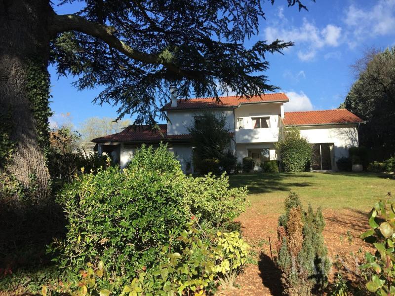 Deluxe sale house / villa Saint-cyr-au-mont-d'or 1250000€ - Picture 10