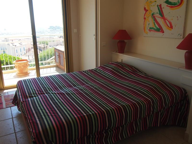Location vacances appartement Bandol 720€ - Photo 5