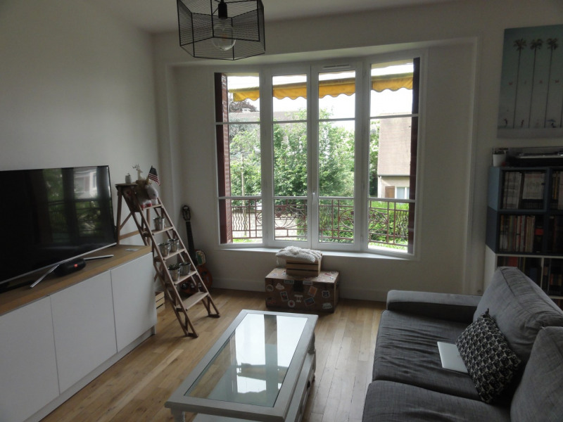 Sale apartment Chatou 430500€ - Picture 2