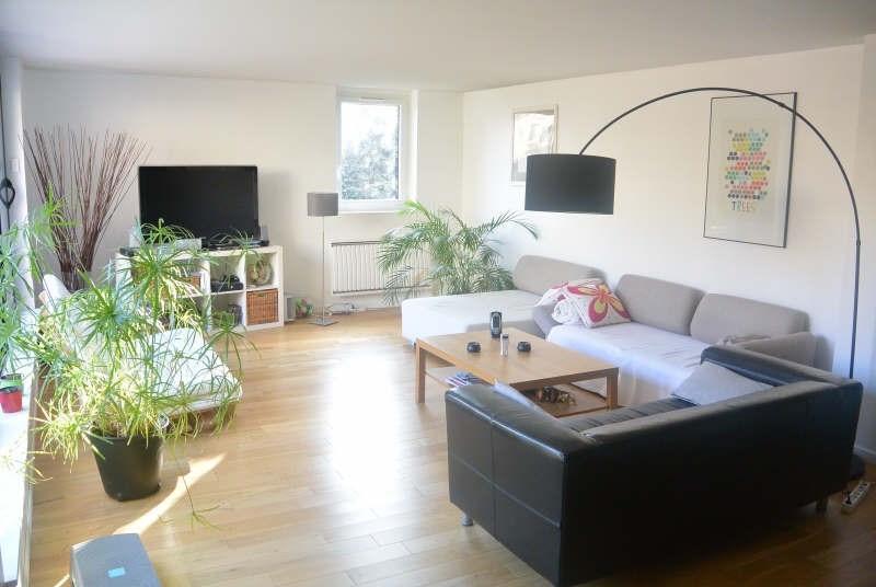 Sale house / villa Courcouronnes 240000€ - Picture 1