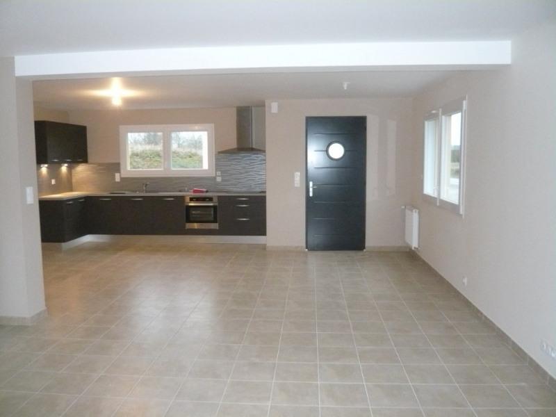 Rental house / villa Laval 915€ CC - Picture 1