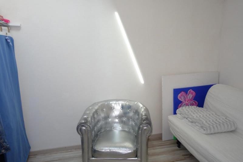 Revenda casa Réalmont 283000€ - Fotografia 6