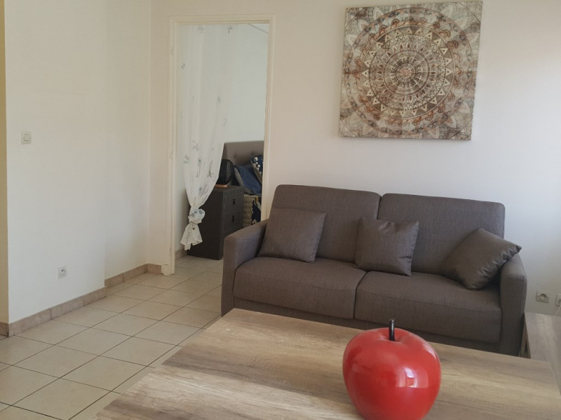 Rental apartment Nice 810€ CC - Picture 2