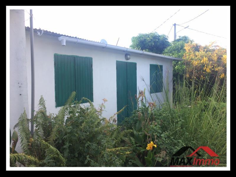 Terrain + maison st pierre - 892 m²