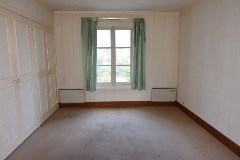 Sale house / villa Neuilly en thelle 234000€ - Picture 5