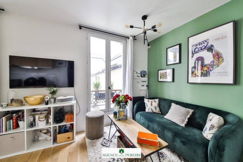 Sale apartment Paris 17ème 330000€ - Picture 1