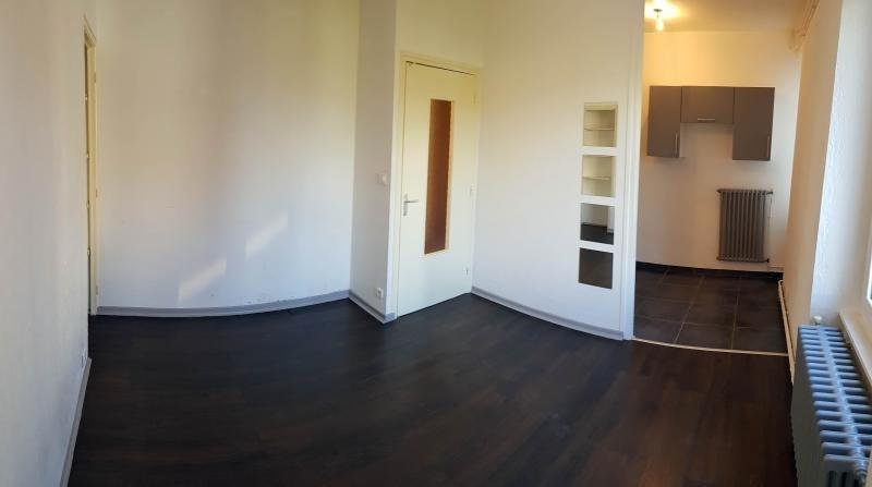 Rental apartment Bellegarde sur valserine 520€ CC - Picture 2