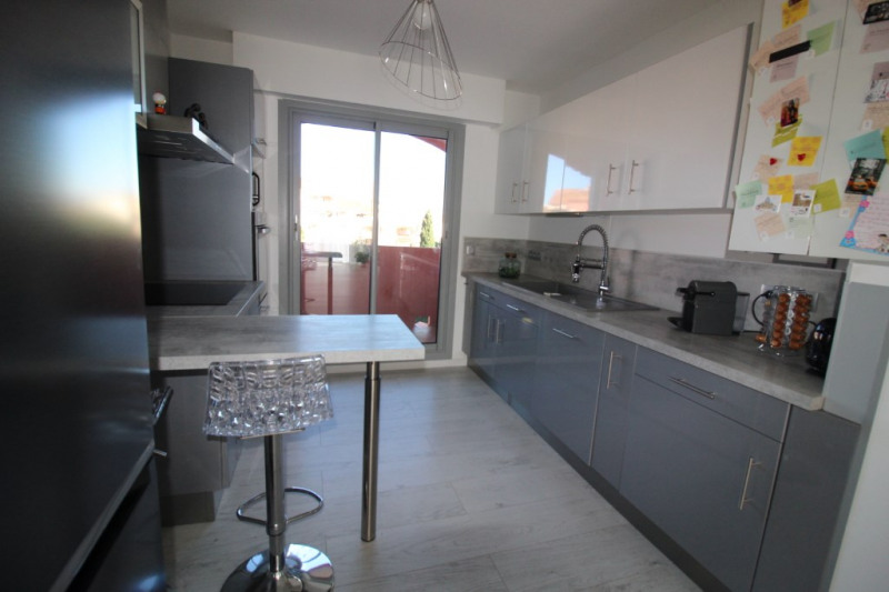 Vente appartement Hyeres 418 000€ - Photo 6