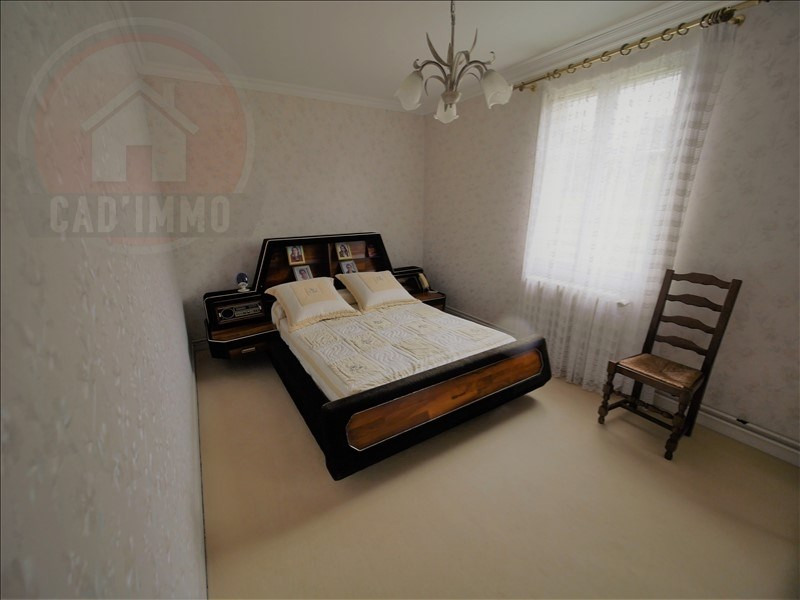 Sale house / villa Lanquais 181 500€ - Picture 7