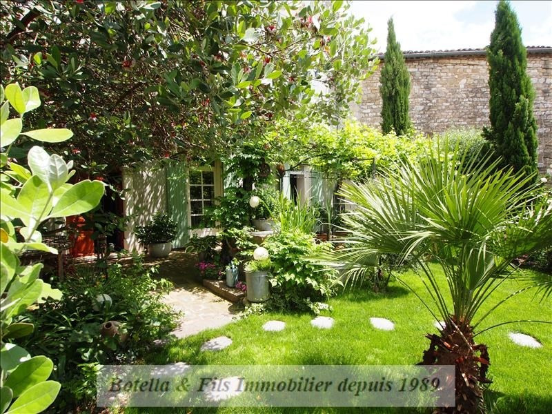 Deluxe sale chateau Uzes 595 000€ - Picture 2