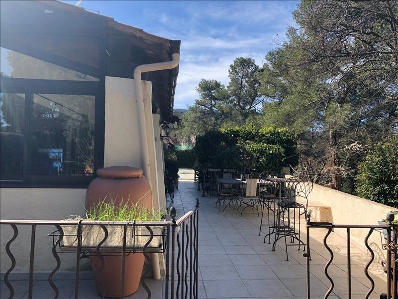Sale house / villa Mimet 540000€ - Picture 4