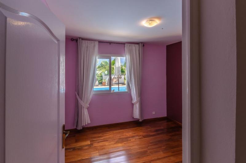 Vente de prestige maison / villa Le tampon 648825€ - Photo 8