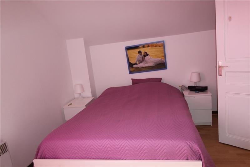 Rental house / villa Trappes 1068€ CC - Picture 5